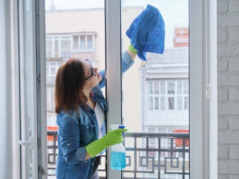 Professional window cleaning service in Cambridge