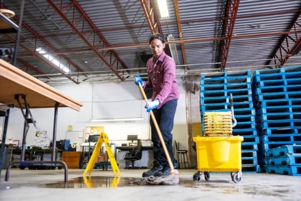 Gentleman daily floor cleaning service. Spotless commercial cleaning services in Cambridge.