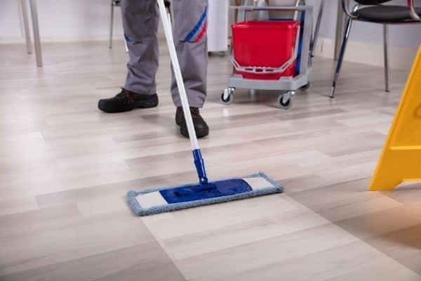floor cleaning cambridge 600x400 1