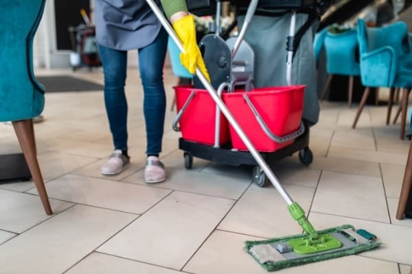 Spotless commercial retail cleaning service Cambridge